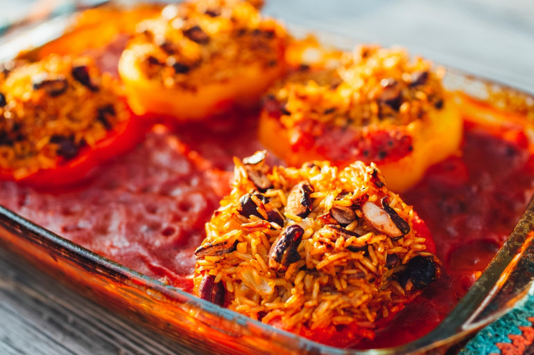 Des tomates farcies, idéales pour l'été (illustration)