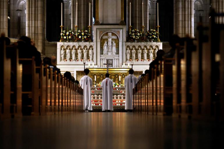 Photo de la messe de la Toussaint prise à la basilique du Sacré-Cœur, à Paris, le 1er novembre 2020. (Illustration)