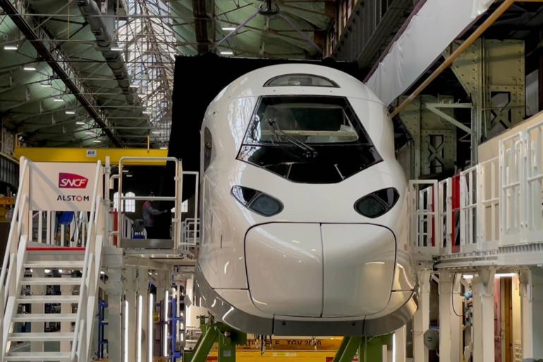 La motrice du TGV M a été dévoilée par Alstom, en charge de sa fabrication.