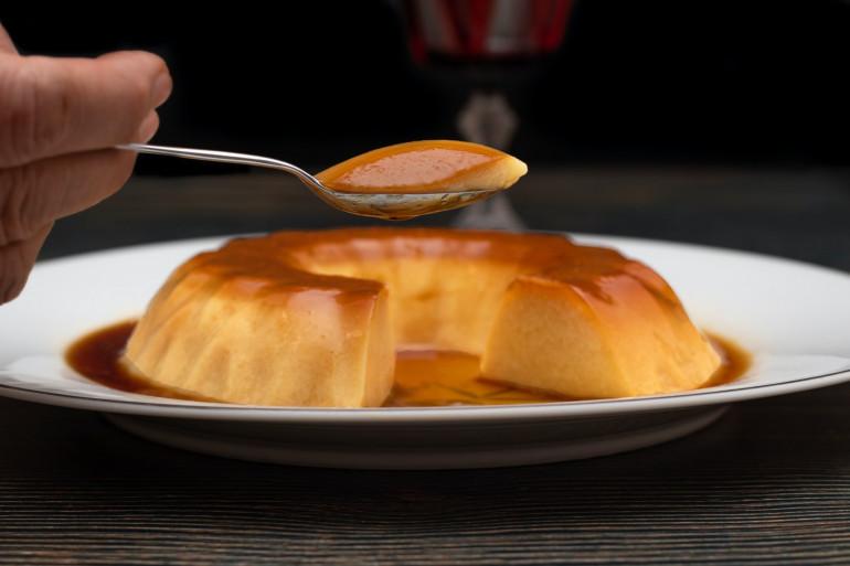 Découvrez la recette de Cyril Lignac du flan au caramel
