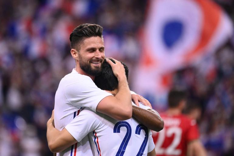 Olivier Giroud enlace Wissam Ben Yedder le 8 juin au Stade de France