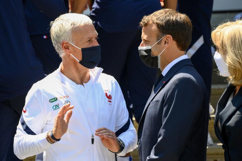 Didier Deschamps et Emmanuel Macron à Clairefontaine le 10 juin