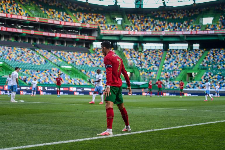 Le capitaine de la sélection portugaise, Cristiano Ronaldo, célèbre son but lors de la victoire 4-0 contre Israël
