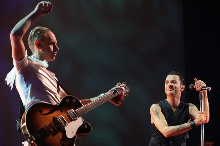 Martin Gore et David Gahan le 9 octobre 2001 en concert à Paris