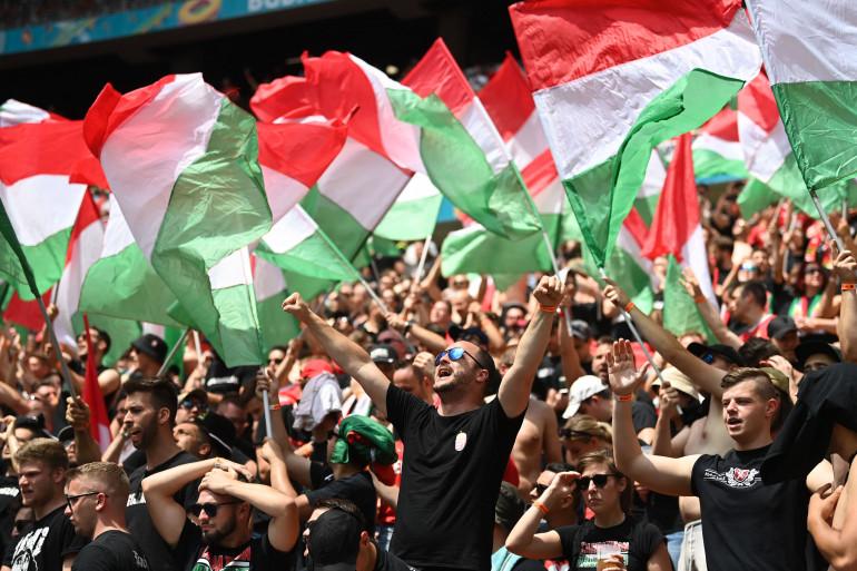 Des supporters hongrois lors de l'Euro 2021.