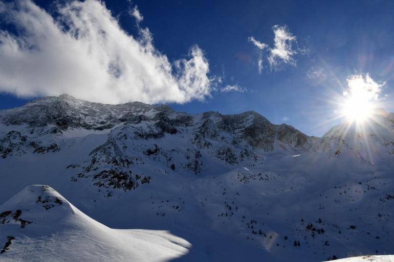 Le massif des Écrins dans les Hautes-Alpes (illustration)