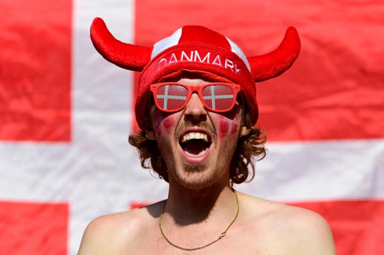 Un supporter du Danemark lors de la victoire de son équipe en 8e de finale de l'Euro2021, le 26 juin 2021 à Amsterdam.