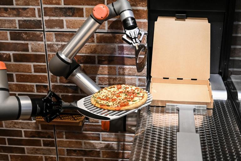 Le robot Pazzi confectionne tout seul des pizzas