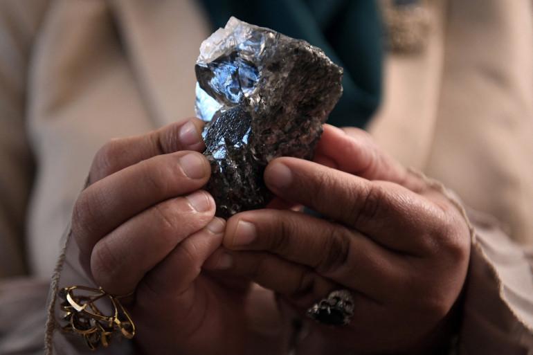 Un énorme diamant brut a été découvert en juin au Botswana