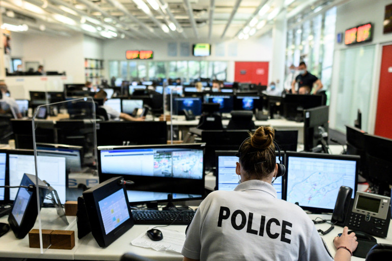 Le numéro d'aide aux victimes est le 116 006 et le temps d'écoute est désormais limité à six minutes. (Illustration)