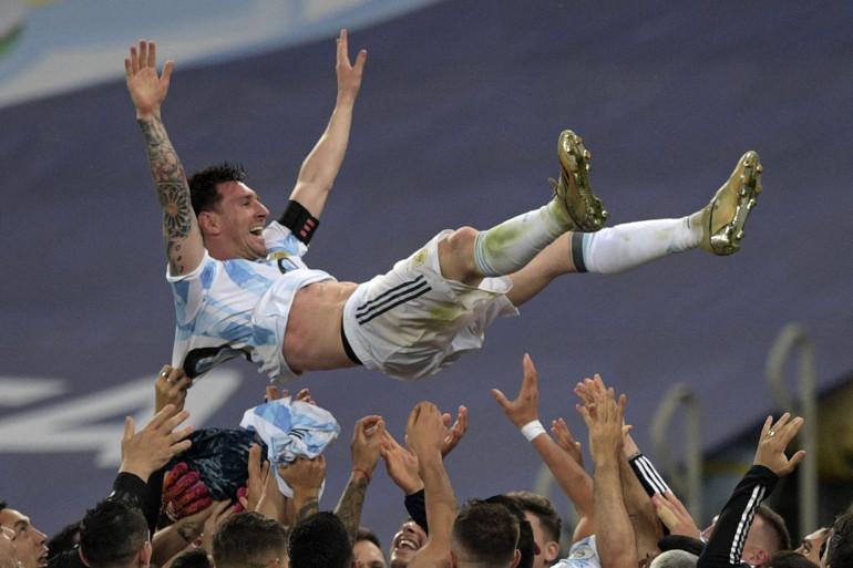 À 34 ans, malgré ses six ballons d'or et ses nombreux titres avec le Barça, Messi n'avait jamais rien remporté avec l'Argentine.