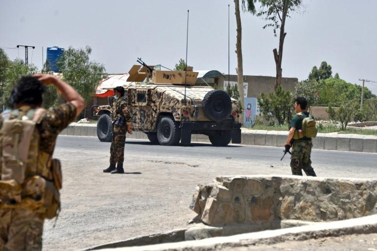 Des forces militaires afghanes à Kandahar le 9 juillet 2021.