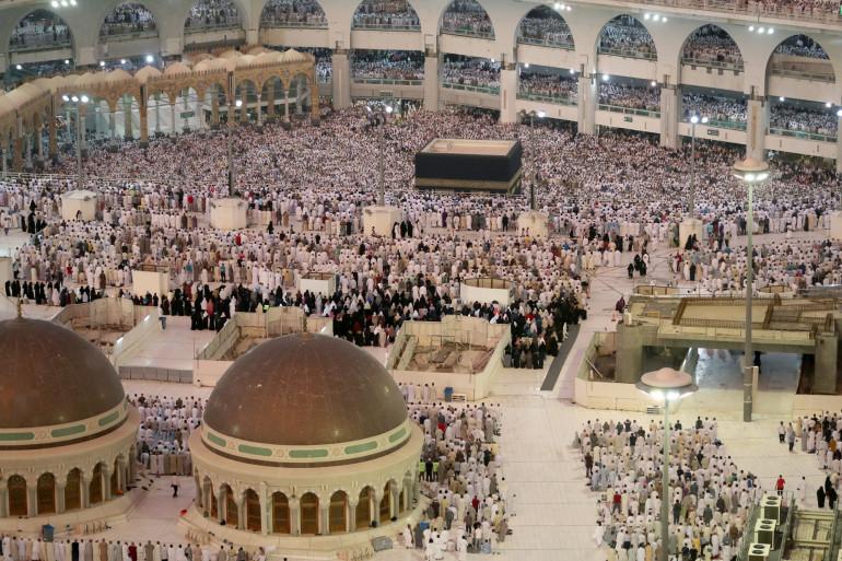 Les pèlerins musulmans à la Grande mosquée dans la ville de La Mecque le 29 août 2017, à la veille du pèlerinage annuel du Hajj.
