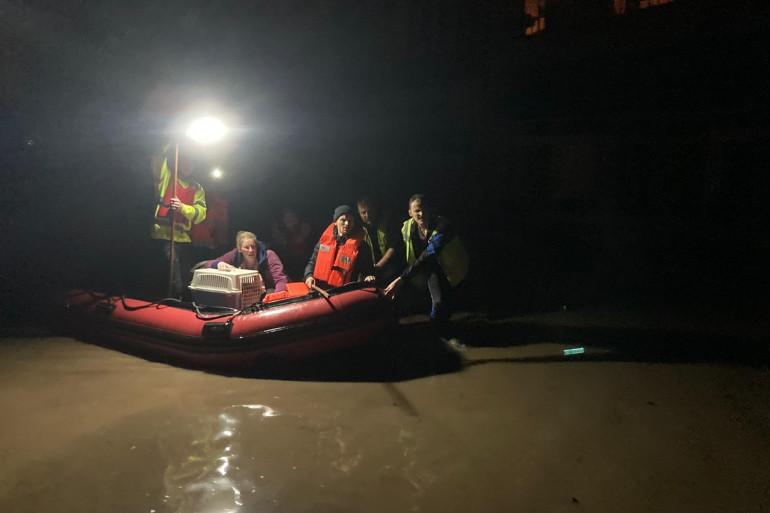 Des habitants évacués à Liège le 15 juillet 2021