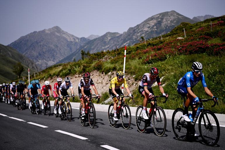 Le peloton du Tour de France le 11 juillet 2021