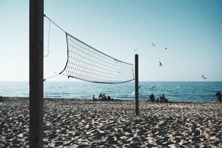 Un terrain de beach-volley (image d'illustration)