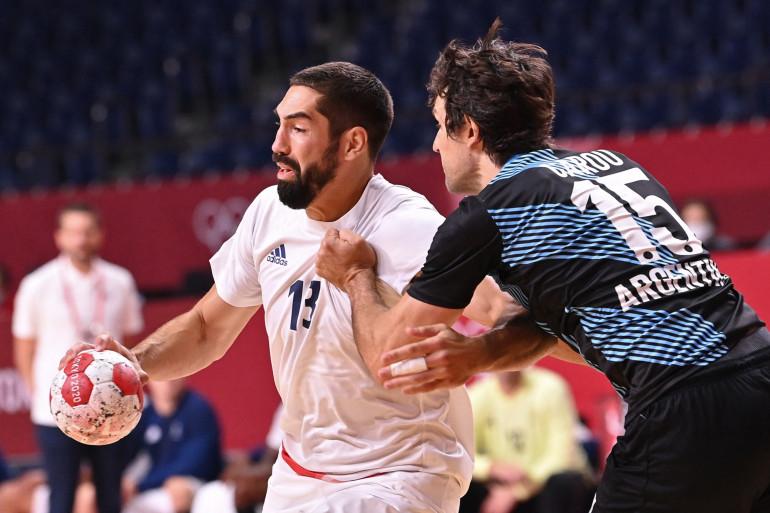 Nikola Karabatic avec l'équipe de France de handball face à l'Argentine lors des JO de Tokyo