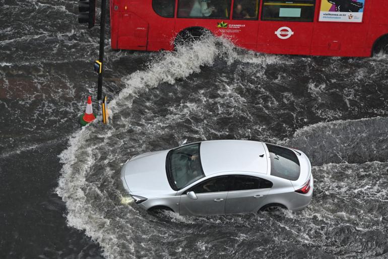 Les inondations ont fortement perturbé les transports londoniens