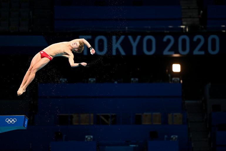 Un athlète au plongeon à Tokyo le 21 juillet 2021