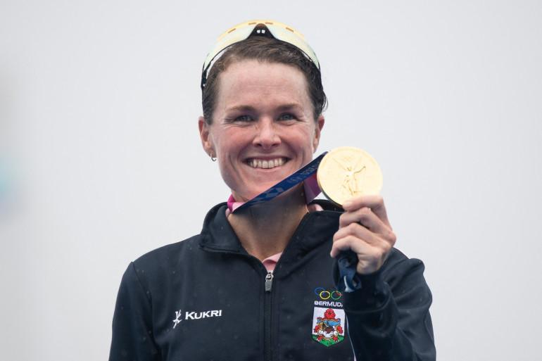 Flora Duffy a remporté la médaille d'or du triathlon dames des Jeux Olympiques de Tokyo 2021. Il s'agit de la première médaille d'or de l'histoire des Bermudes.