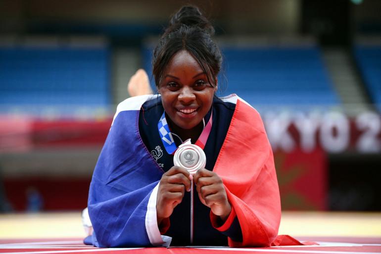 Madeleine Malonga avec sa médaille d'argent à Tokyo le 29 juillet 2021