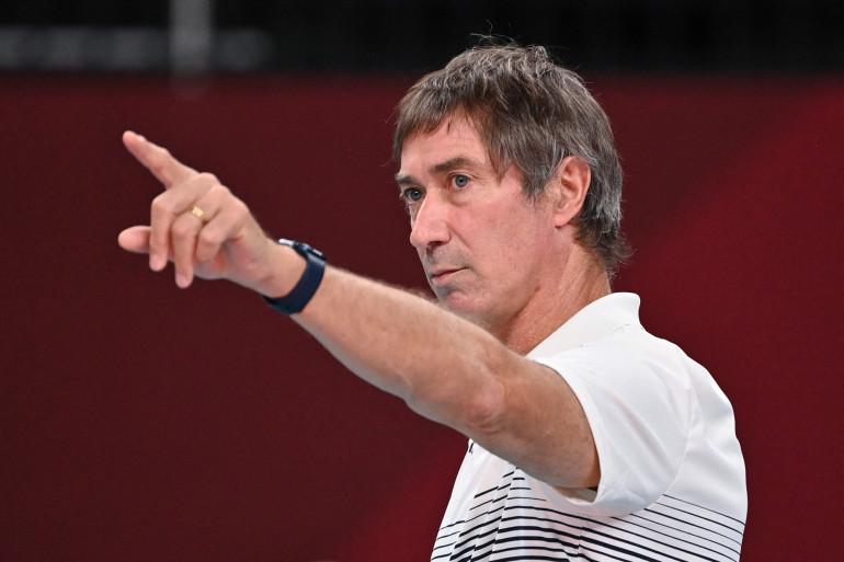 Le sélectionneur de l'équipe de France de volley-ball, Laurent Tillie, lors des Jeux Olympiques de Tokyo
