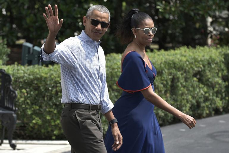 Le couple Obama en route pour Martha's Vineyard, le 6 août 2016