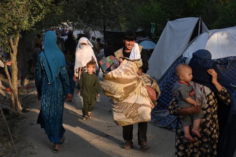 Des familles afghanes qui ont fui la province de Kunduz, Takhar et Baghlan en raison de batailles entre les talibans et les forces de sécurité afghanes, à Kaboul, le 11 août 2021. (Illustration)