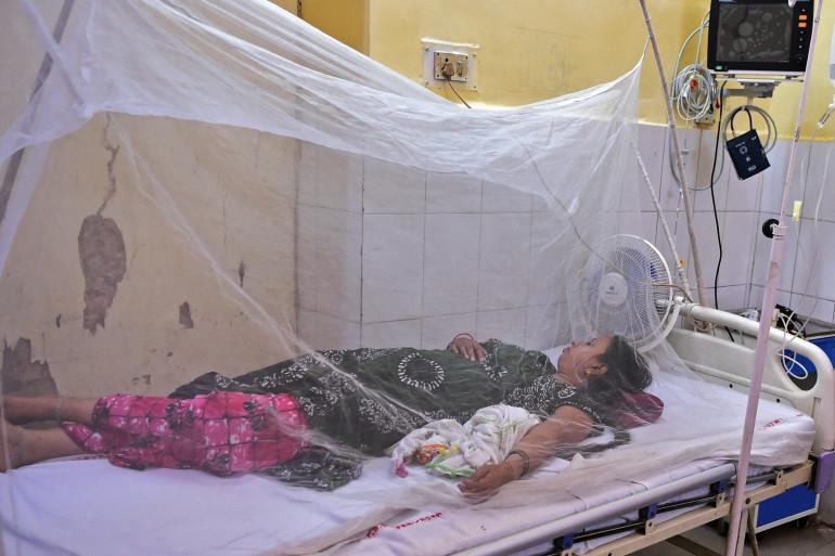 Une patiente hospitalisée en Inde, pour de la fièvre liée à la dengue