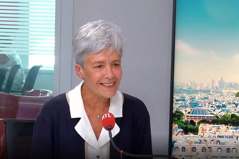 L'astronaute Claudie Haigneré au micro de RTL