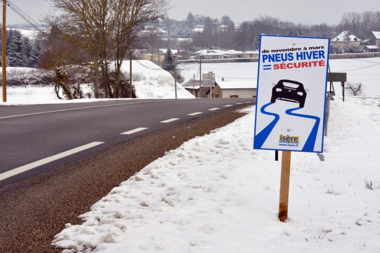 Les pneus neige seront obligatoires dans certains départements français à compter du 1er novembre.