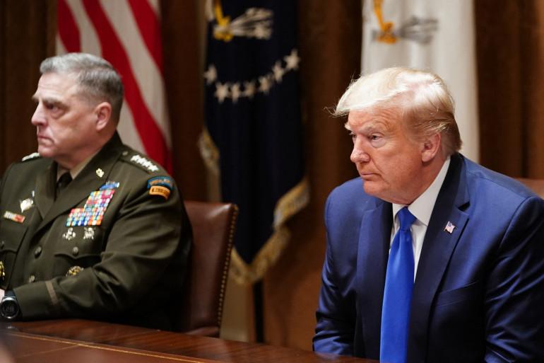 Le General Milley, plus haut gradé américain, et Donald Trump, ici le 9 mai 2020