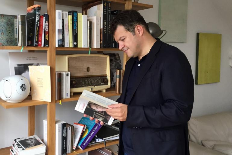 Guillaume Musso dans son appartement-bureau