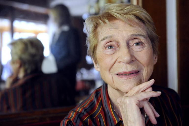 L'auteure française de livres de cuisine Françoise Bernard pose le 9 octobre 2008 à Paris