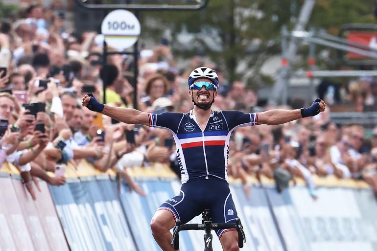 Julian Alaphilippe sacré champion du monde de cyclisme le 26 septembre 2021