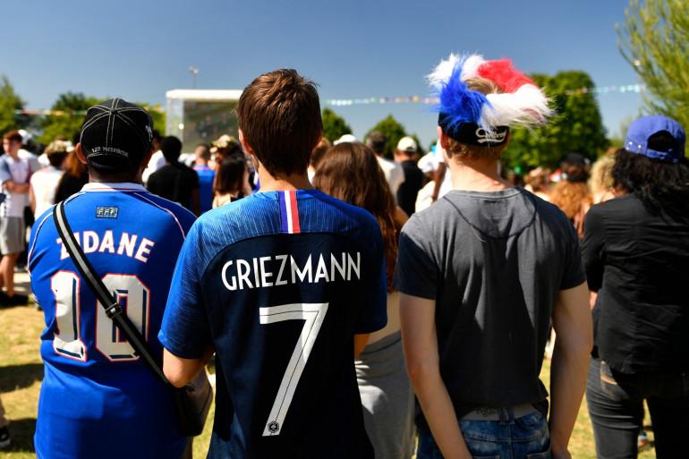 Des supporters des Bleus à Noisy-le-Grand le 26 juin 2018