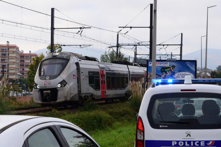 Un TER arrêté en pleine voie à Ciboure le 12 octobre 2021