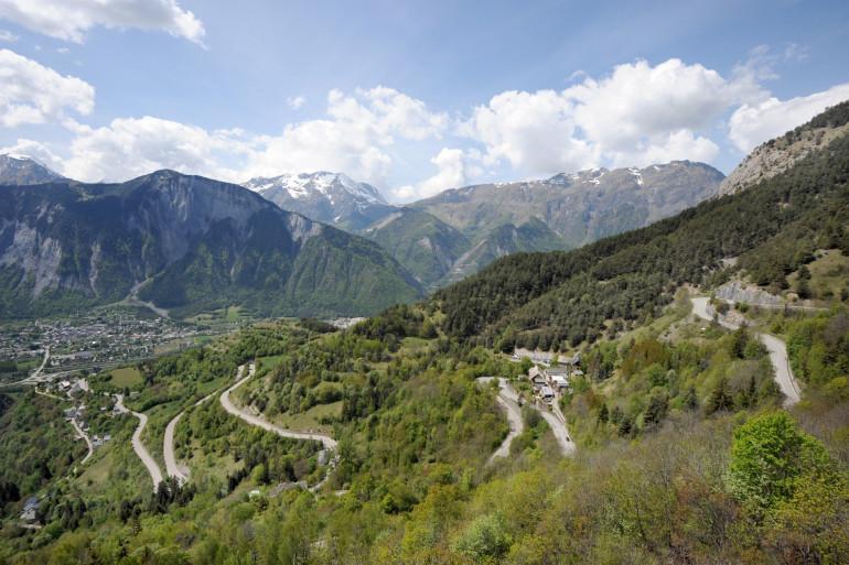 L'Alpe d'Huez et ses 21 virages mythiques