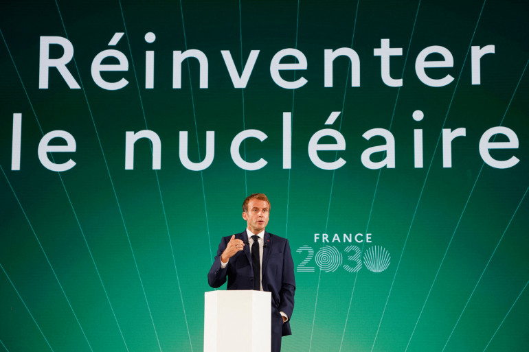 """Emmanuel Macron lors de la présentation de son plan """"France 2030"""" le 12 octobre 2021"""