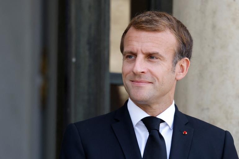 Le président Emmanuel Macron au palais présidentiel de l'Élysée, le 13 octobre 2021 à Paris.