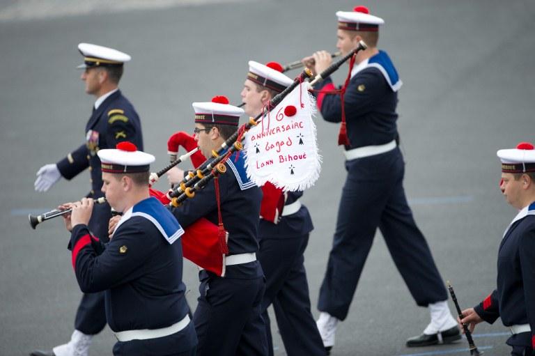 Les musiciens du Bagad De Lann-Bihoué de la marine nationale française