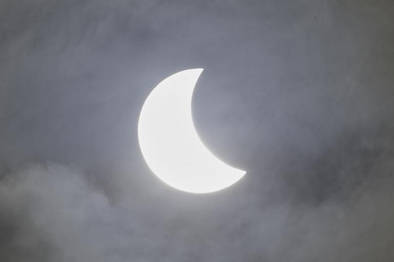 Une éclipse solaire s'est produite vendredi 20 mars 2015 en France