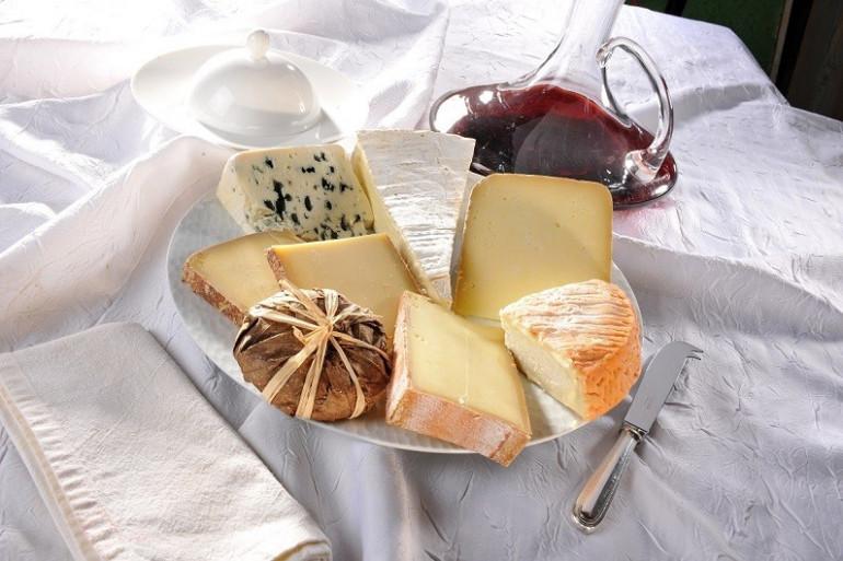 Des plateaux de fromages sur tentationfromage.fr