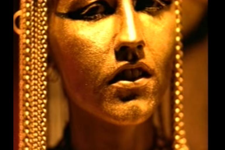 """Vendu à plus de 480 000 exemplaires, le single de """"Zombie"""" a également été Disque d'or en 1995."""