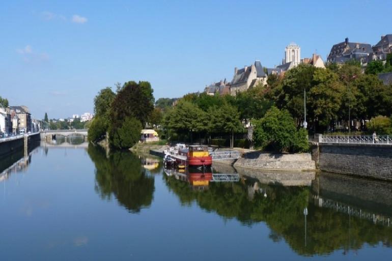 La rivière de la Sarthe. Ici au Mans