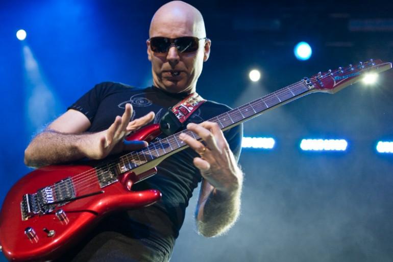 RTL2 Nantes vous invite au concert de Joe Satriani