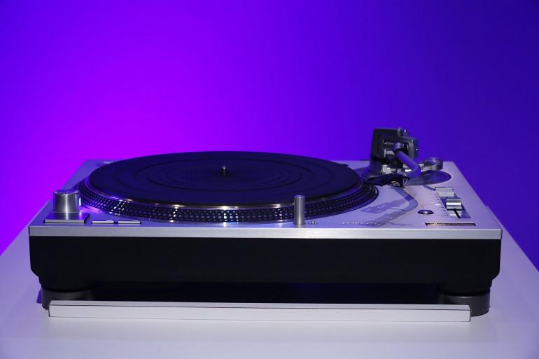 La nouvelle version de la platine SL-1200G de Technics