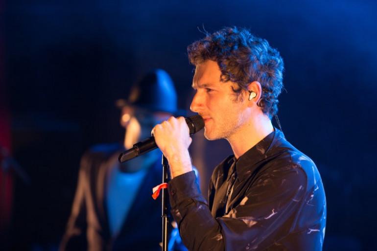 AaRON sur la scène de la Cigale lors du Concert Très Très Privé RTL2 du mercredi 20 janvier 2016