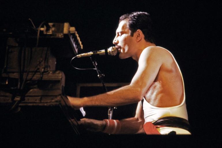 Un biopic consacré à Freddie Mercury est en projet depuis 2010