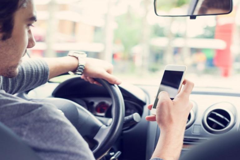 grâce aux nouvelles technologies le téléphone au volant devient possible